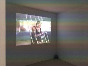 Videoprojektion im Inneren der Videobox